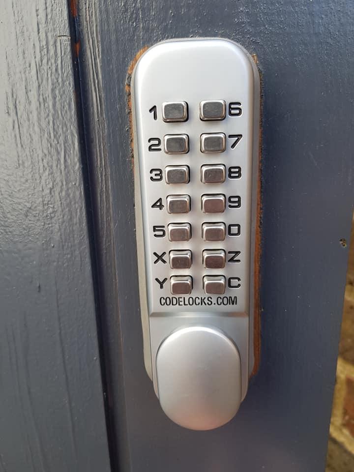 push button codelock
