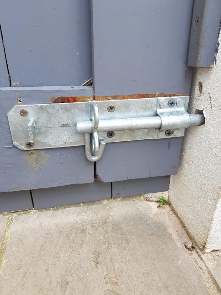 rear garden lock